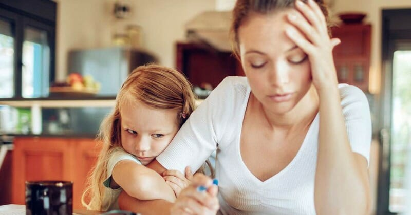 How Single Parents Can Save for their Children's College Education